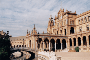 Spanien_Sevilla_Plaza de Espana_Copy right holder WzWz