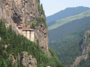 Sumela_monastery_in_province_of_Trabzon,_Turkey_view_from_the_road website